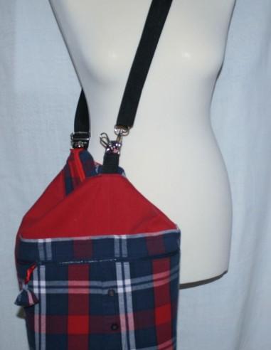 Kockás hátizsák 3in1, újrahasznosított